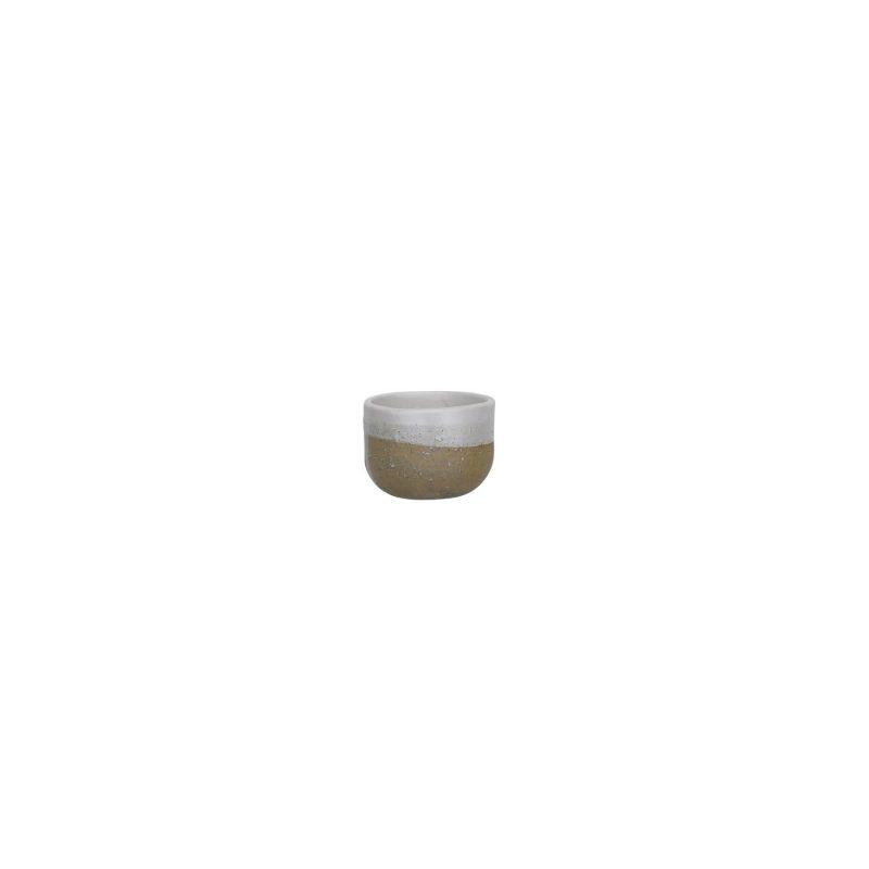 Curves hug mug - sand